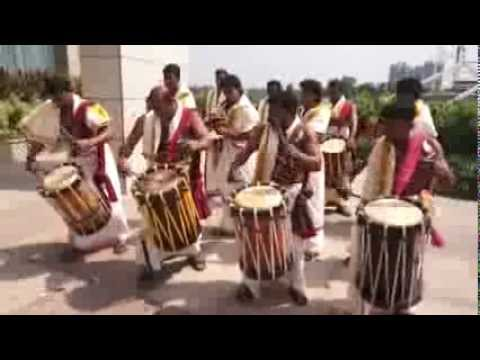 Kerala -  traditional drums  (unedited footage)