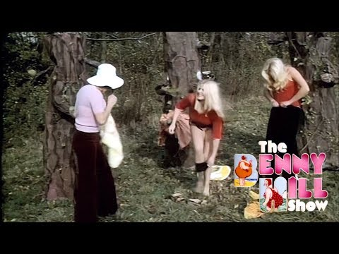 Benny Hill - Peeping Trees w/Closing Chase (1972)