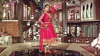 Meena Kumari's Dance From Pakeezah