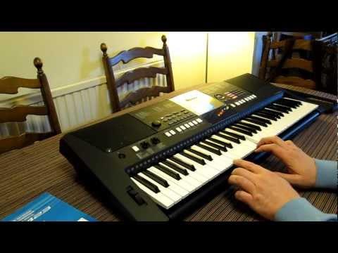 Yamaha PSR E423 digital keyboard - hands on review & USP features