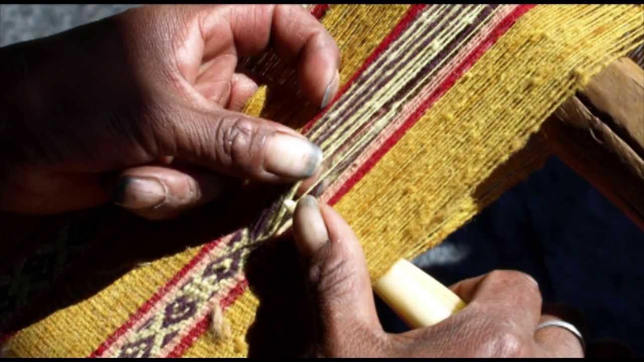 Tejido Tradicional Andino de la Comunidad de Pacchanta (distrito de  Ocongate. Quispicanchi 827609718ce