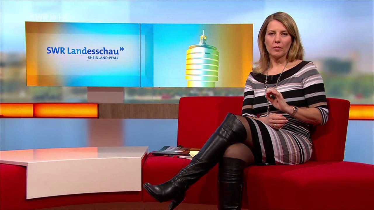 Schwarzhaarige Deutsche Kimberly Kay beim Solo