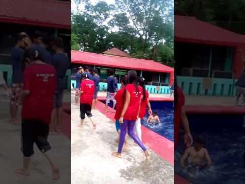 Pool Party_EMF_Ulipur