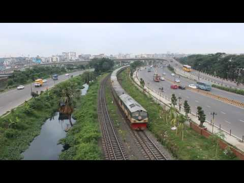 Train view From Flyover!!!!!!!Dhaka city