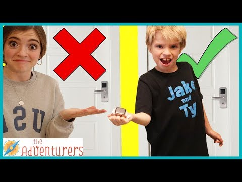 Don't Choose The Wrong Mystery Door Challenge / That YouTub3 Family I The Adventurers