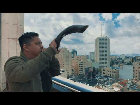 SHOFAR In Jerusalem | Ancient Music Horn | Jewish