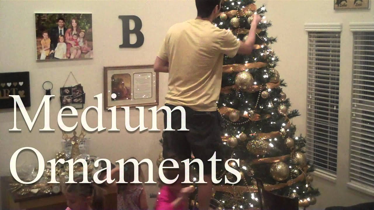 How to Decorate a Christmas Tree Step by Step Instructions