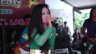 Niken Maheswara - I Jus't Wanna I Love You LIVE TAMAN JURUG 19 JANUARI 2014
