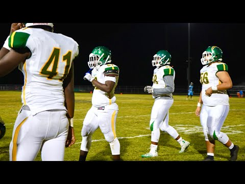 THIS HIGH SCHOOL FOOTBALL TEAM IS FULL OF FUTURE NFL PLAYERS..