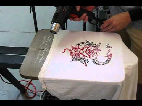 How To Screen Print: 2 Colors On 1 Screen