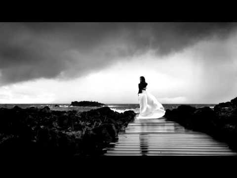 Bat For Lashes - Siren Song