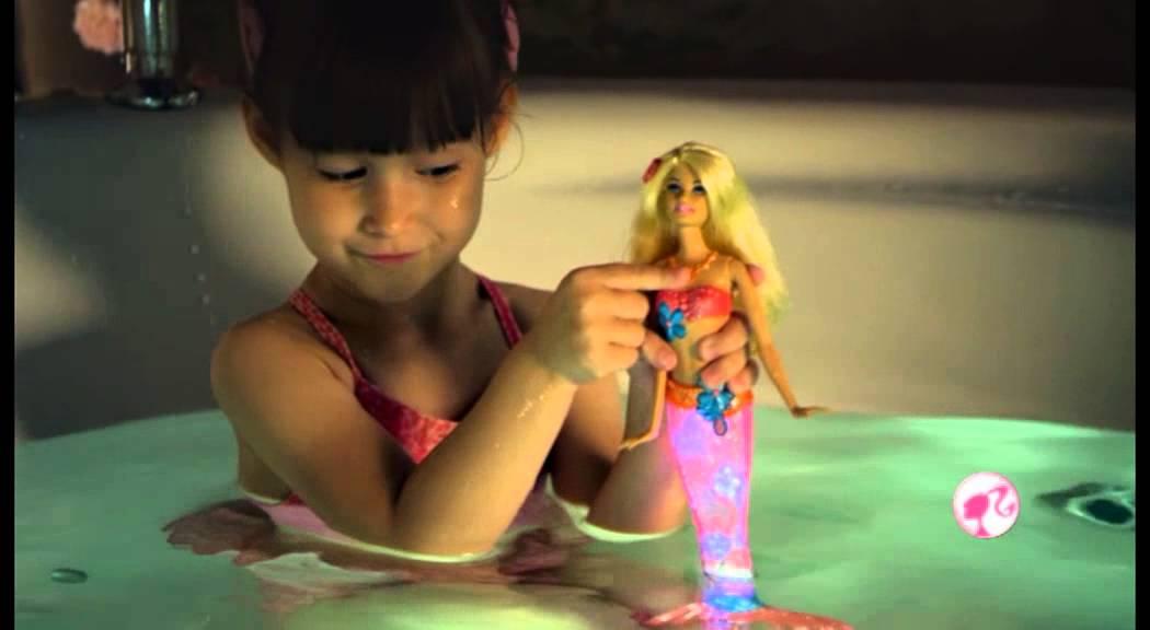 Barbie Sirena S Promjenom Boje Str 8 Youtube