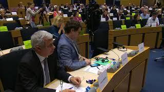 Liderët e BE-së nënshkruajnë marrëveshjen e Brexit