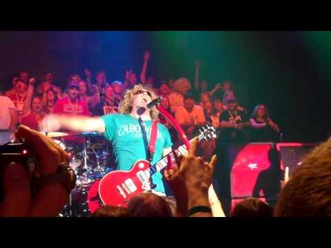 Sammy Hagar - I Love This Bar, Shaka Doobie - South Shore Room - Lake Tahoe 5-7-2011