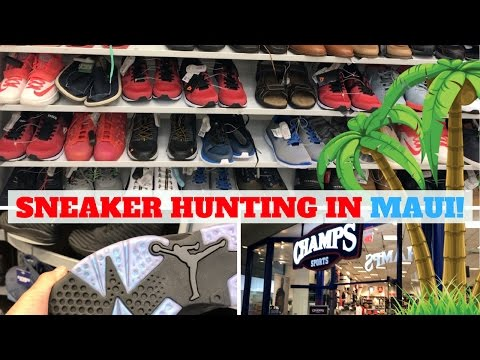 BETTER THAN EXPECTED! SNEAKER HUNTING IN MAUI! (ROSS, ADIDAS, CHAMPS!)