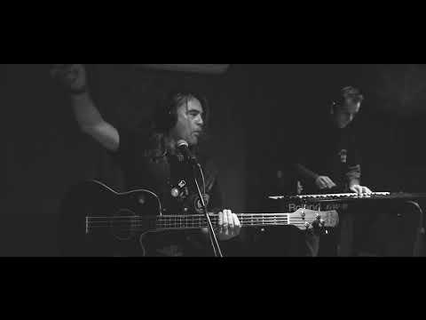 Mustač bend - Od zutra nam pil (Studio Jazbina live)