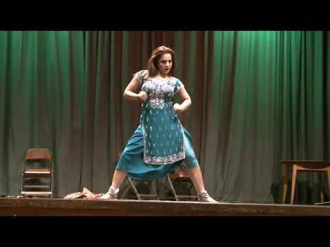 Nida Choudhry Excellent Punjabi Stage Dance