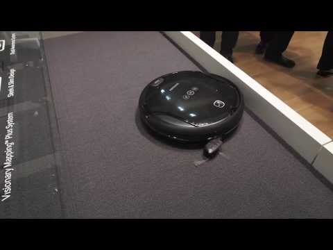 Samsung Navibot SR10F71 vacuum cleaning robot at IFA 2013