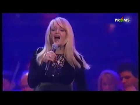 Bonnie Tyler With Orchestra - Total Eclipse Of The Heart (Live 2001)