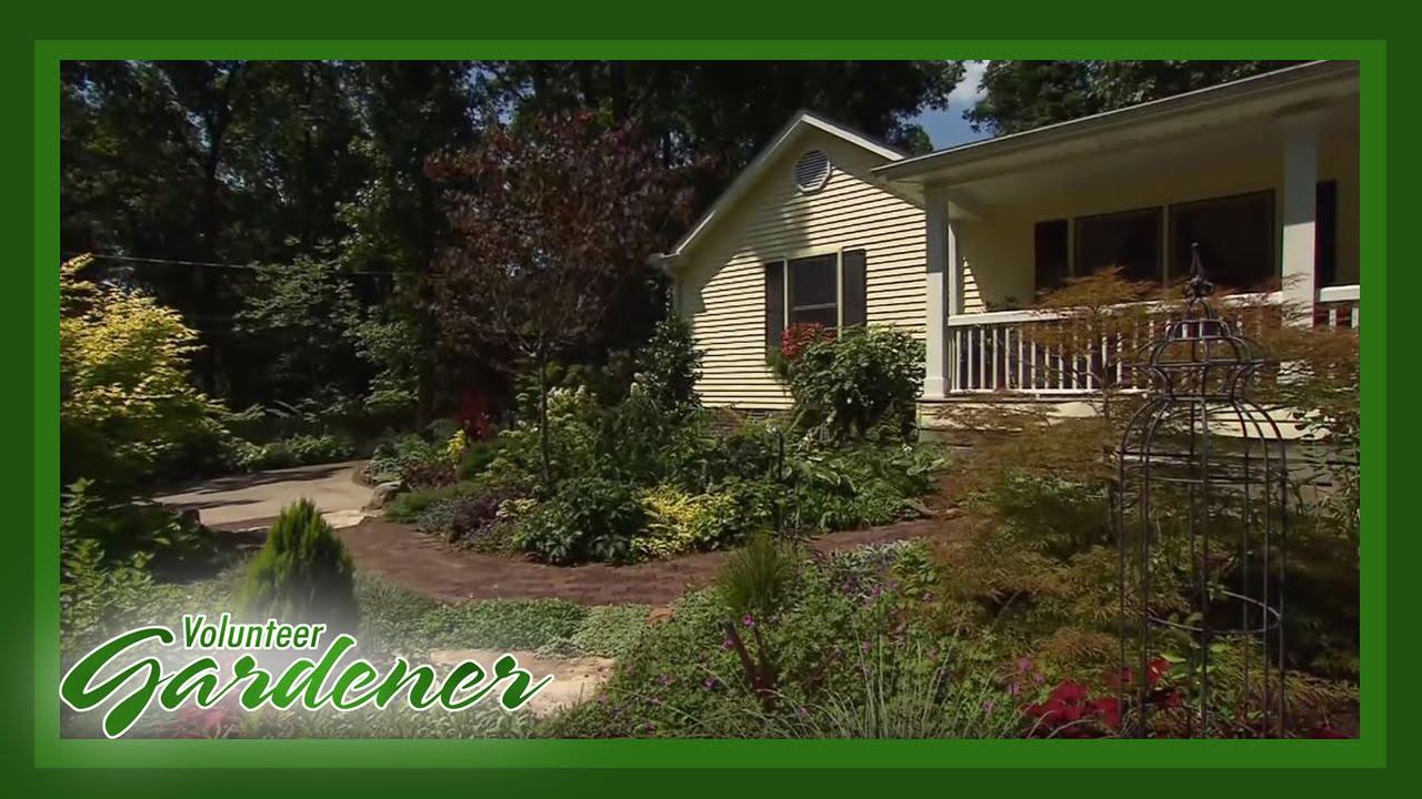 Robyn Brown Perennial Garden | Volunteer Gardener - YouTube