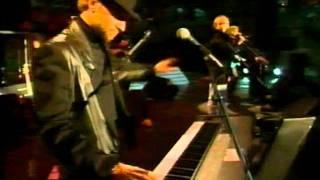Video Bee Gees - Stayin' Alive - Live Berlin 1991 download MP3, 3GP, MP4, WEBM, AVI, FLV Juli 2018