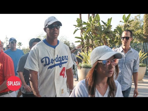 Tiger Woods Brings New Girlfriend to World Series Game | Daily Celebrity News | Splash TV