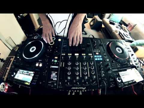 Techno Mix 2017 w/tracklist