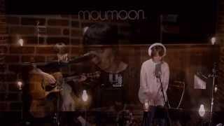 毎月満月の夜の人気イベント moumoonのアコースティックライブ 『FULLMO...