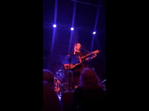 Phoebe Bridgers - Elliott Smith cover - Whatever (folk song in C)