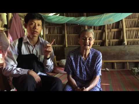 Nha Hy Vong # 6 - Visiting is poor lady in Rach Vop, Vietnam