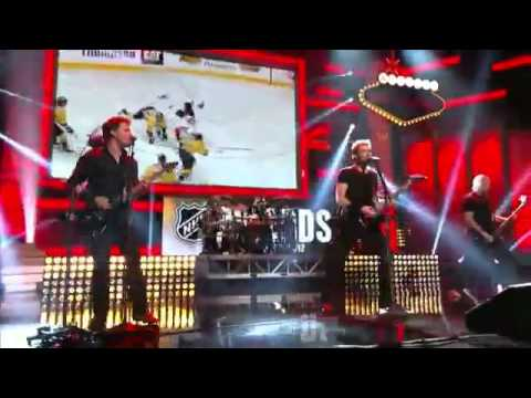 Nickelback this means war live youtube