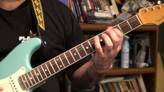"some ""rock"" chords and the first solo explained from Elvis' 1954 tu..."