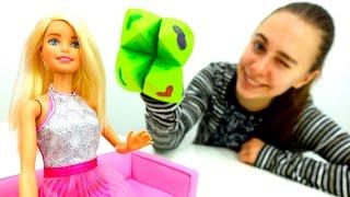Барби делает поделки из бумаги. Видео для детей