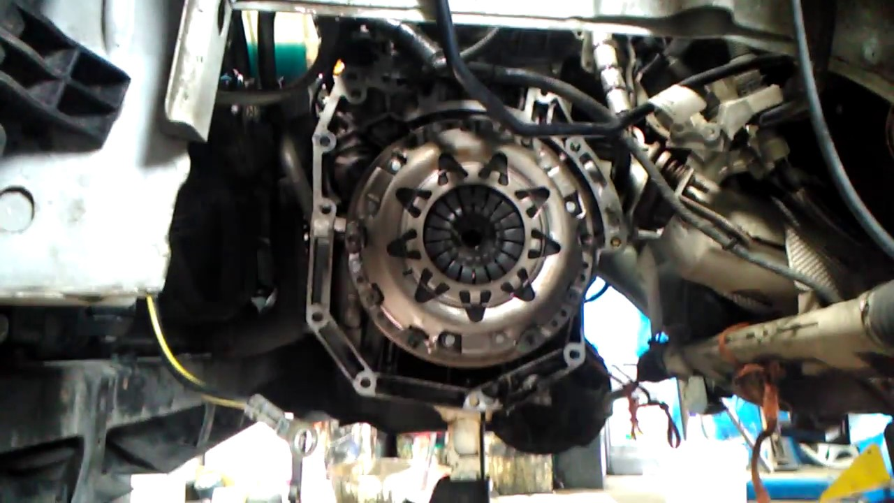 HOW TO INSTALL A CLUTCH,PRESSURE PLATE NISSAN  Nissan Caravan Engine Compartment Diagram on