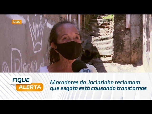 Transtorno: Moradores do Jacintinho reclamam que esgoto está causando transtornos à comunidade