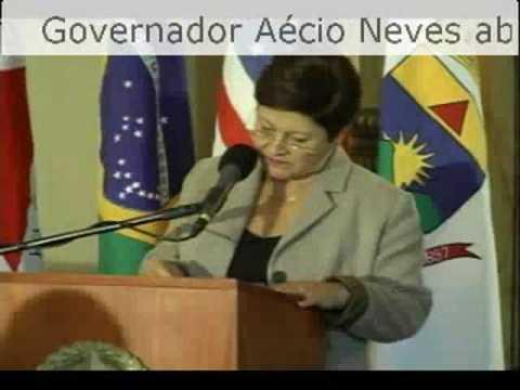 Aécio Neves com blogueiros no Palácio 01