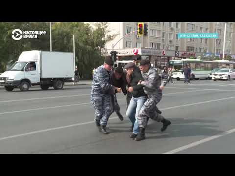 Детские слезы и побег из автозака. Задержания в Казахстане