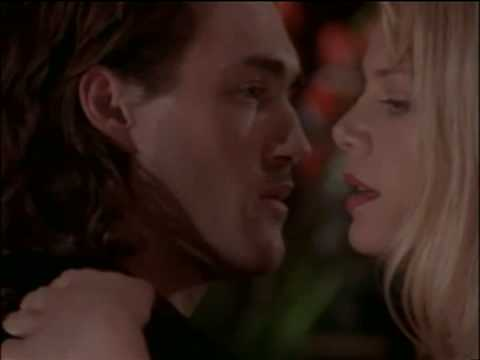 peta wilson and roy dupuis relationship