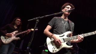 Vai Academy 2017 - Steve Vai performing Little Wing Ft. Daniel Molina