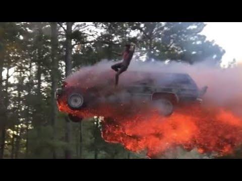 Car crashes 2017 - Car Crash very shock dash camera 2017 NEW