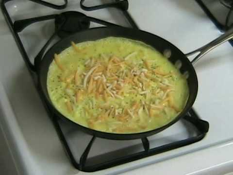 How to make an Omelette, QUICK & EASY!