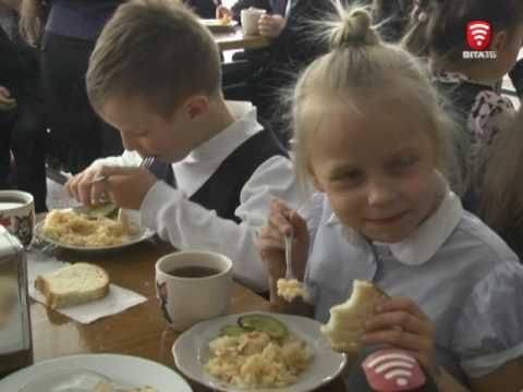 Телеканал ВІТА новини 2017-05-15 У 6-й школі дітей харчують по-новому