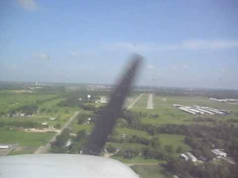 Touch & Go's at Pearland Regional Airport (KLVJ) in a C172, Video 1