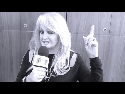 Bonnie Tyler gets set for Eurovision 2013 | Official Charts Company