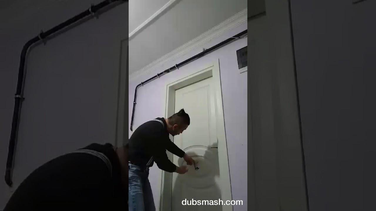Düblaj- sıçtın kapının içine