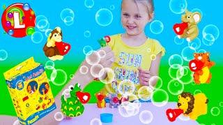 Играем с мыльными пузырями PUSTEFIX Сафари // Having fun  with bubbles Mini Bubbelix Safari