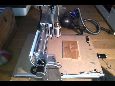 cnc diy router 2500 mm min first test cnc eigenbau fr se erster testlauf youtube. Black Bedroom Furniture Sets. Home Design Ideas