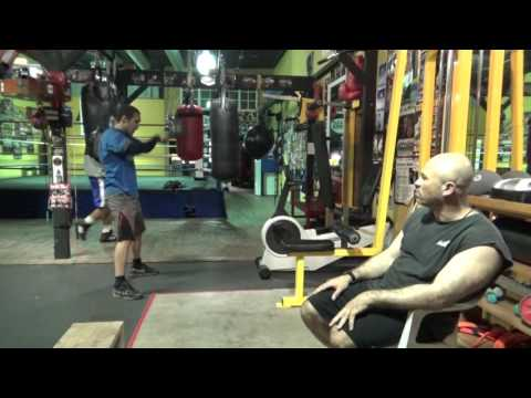 IBF 140 champ Sergey Lipints Working With Tolik Kaminsky EsNews Boxing