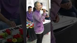 Duyên Phận - bà cụ 76 tuổi hát cực hay