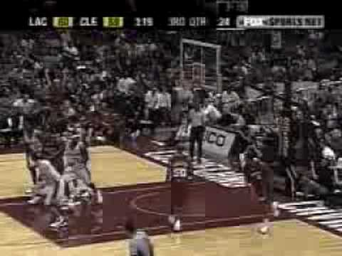 LeBron James-alley oop from Ricky Davis
